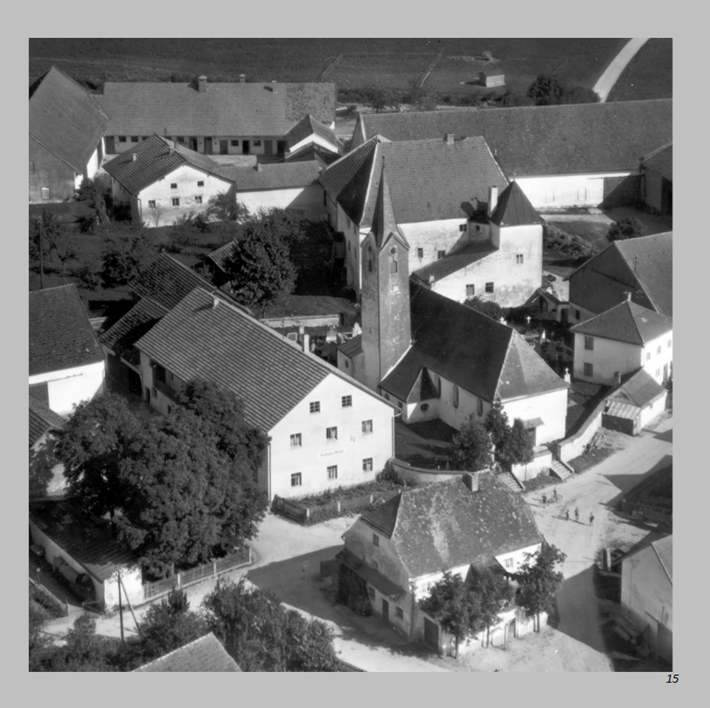 Alte Dorfmitte in Ottmaring 1956