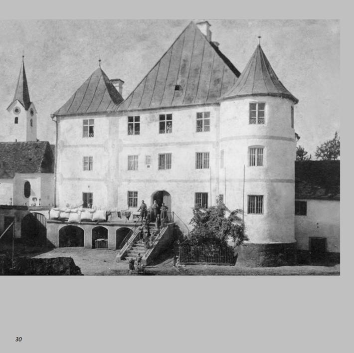 Schlossbauer-Maidl in Ottmaring 1900