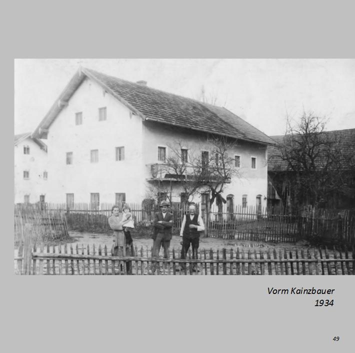 Vorm Kainzbauer in Ottmaring 1934