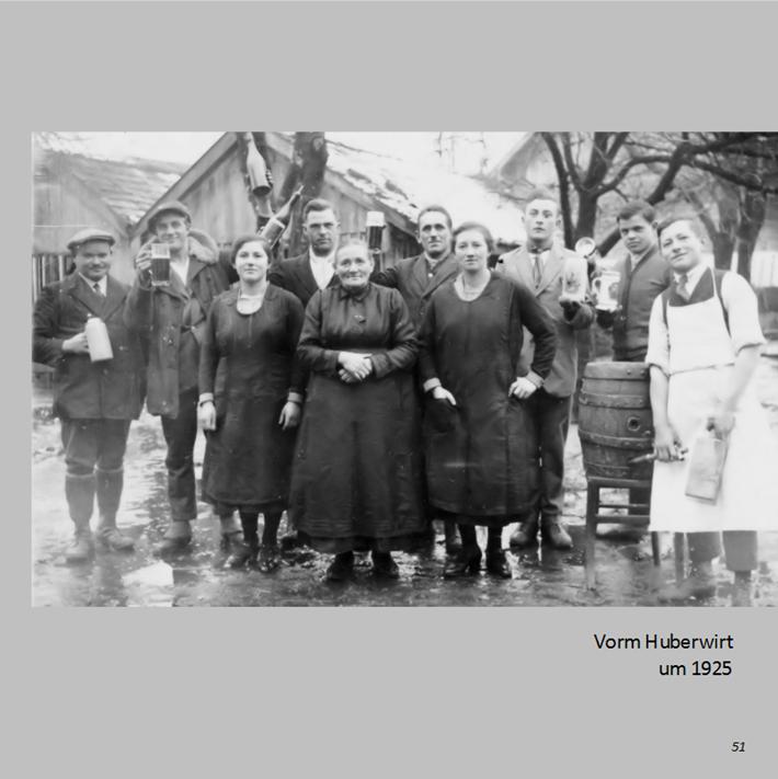 Vorm Huberwirt in Ottmaring um 1925