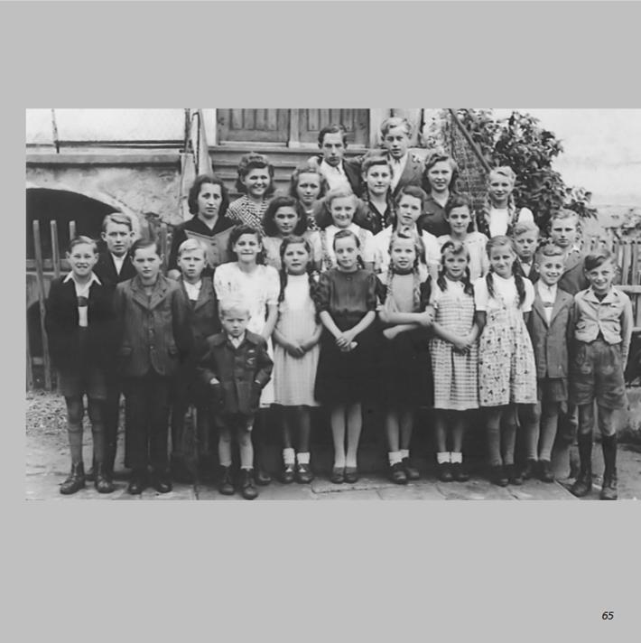 Schulklasse 1948 in Ottmaring