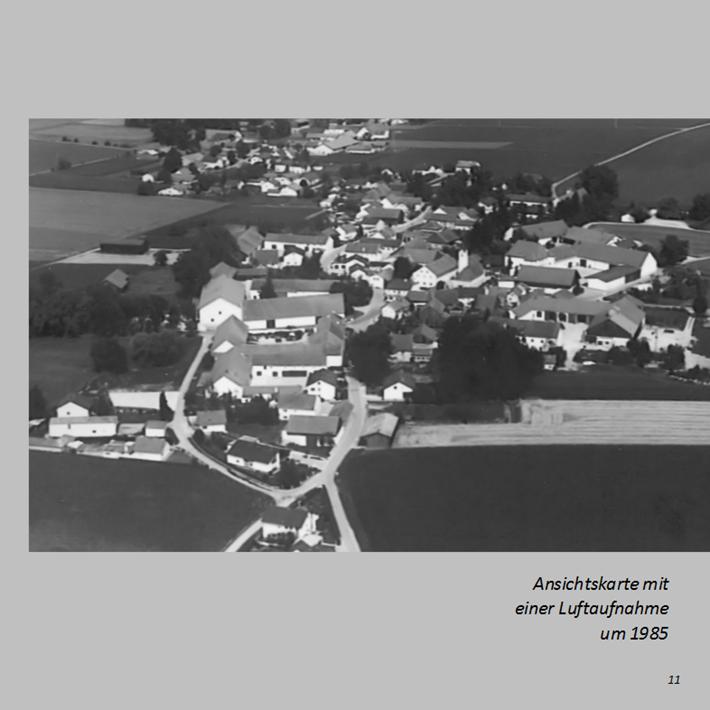 Ansichtskarte mit einer Luftaufnahme von Ottmaring um 1985