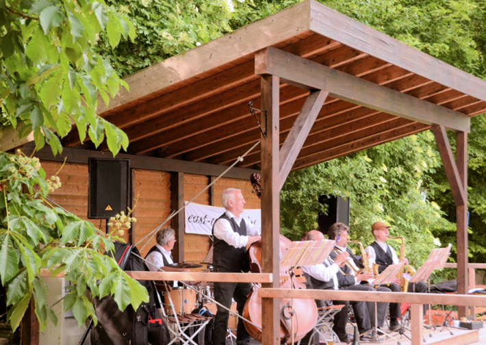 East-West-Swing-Band