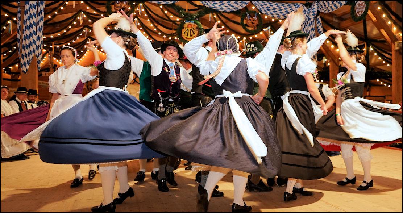 Freiheit für Bayern im Traditionszelt der Oidn Wiesn 2017