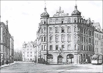 Oettingenstraße 36 und Lerchenfeldstraße 11 im Hintergrund - 1911