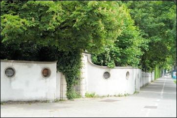 Mauer um den Tivoligarten